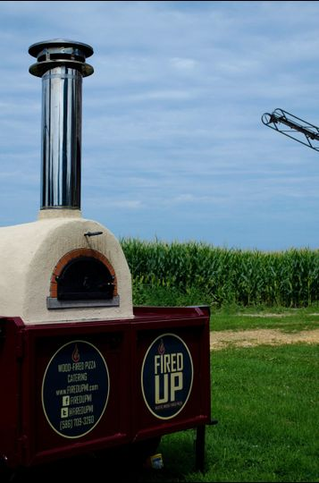 Our custom wood-fired oven creates amazing farm-to-table fresh pizzas right at your event!