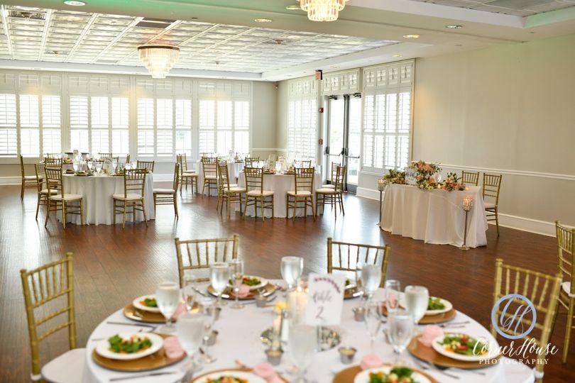 Reception w/ Venue Centerpiece