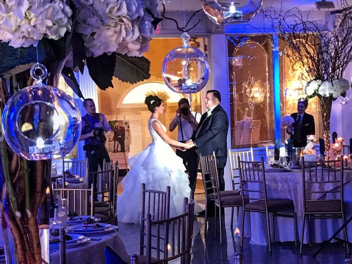 Tmx 1531857501 C49039ce2135ec38 1531857499 F5a15cd8741c957d 1531857497189 1 4545 Floral Park, NY wedding venue