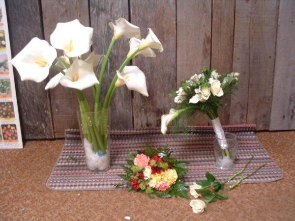 Calla Lilies with white roses for bride, Large Calla Lilies wrapped for Bridesmaids, Colorful throw...