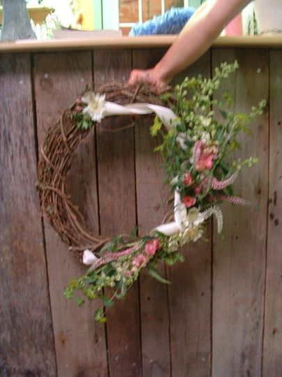 Door wreath, can also be used as a centerpiece