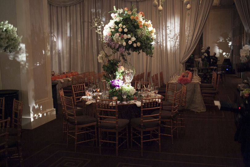 Table setting and lighting