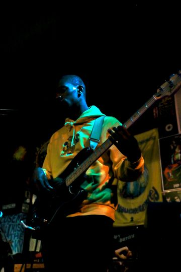 Bass- Chris Barnes