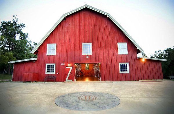 Pratt Place Barn is ideal for events of all types and sizes.
