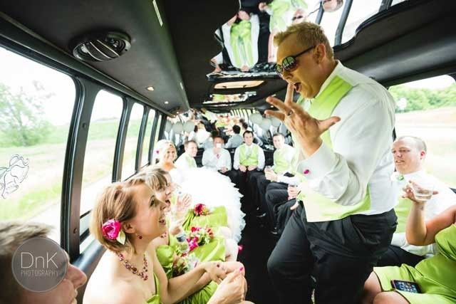 wrong limo bus pic 2