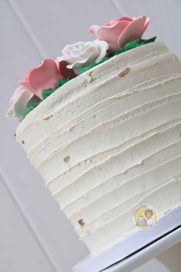 Textured icing barrel cake