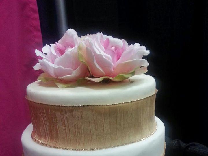 Tmx 1361331748465 861082688322494609371159037o Frankfort wedding cake