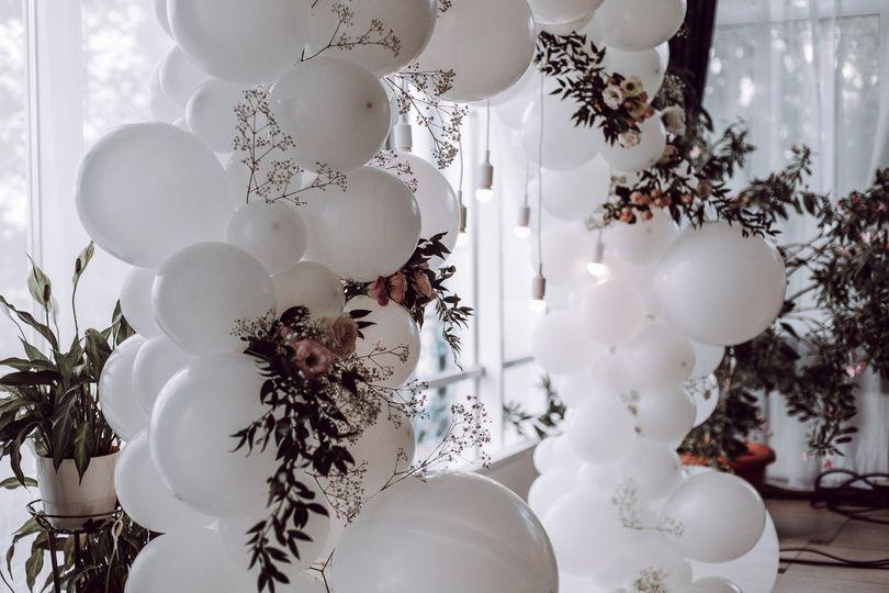 Balloon arch decor