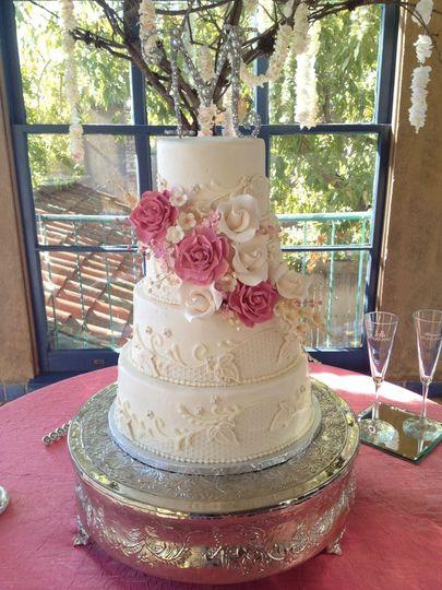 Icing On The Top Wedding Cake Tulsa OK WeddingWire