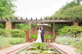 Weston Gardens In Bloom