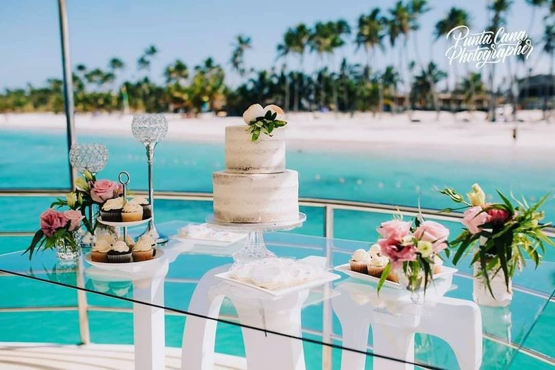 Wedding cake on a private boat