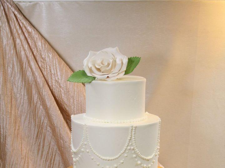 Tmx 1534427619 075c1ea5dd64afbf 1534427616 424d60a081720b5e 1534427619809 5 2018 01 11 06.25.4 Westwood, MA wedding cake