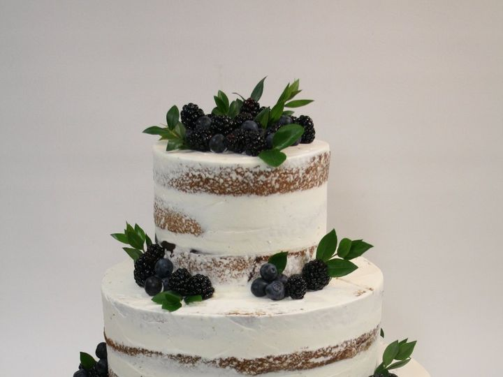 Tmx 1534427776 02f2bc6c9855b21e 1534427773 0e3b55d312419ef6 1534427777809 9 2018 06 09 04.59.3 Westwood, MA wedding cake