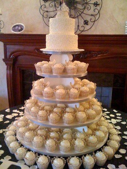 Hurst Bakery Wedding Cakes