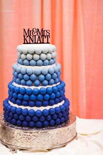 blue ombre wedding cake knaitt