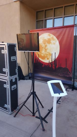 Ou rOpen Booth with our Sonoran Sky Vinyl Backdrop, Slideshow, and Social Sharing Station.  Check...