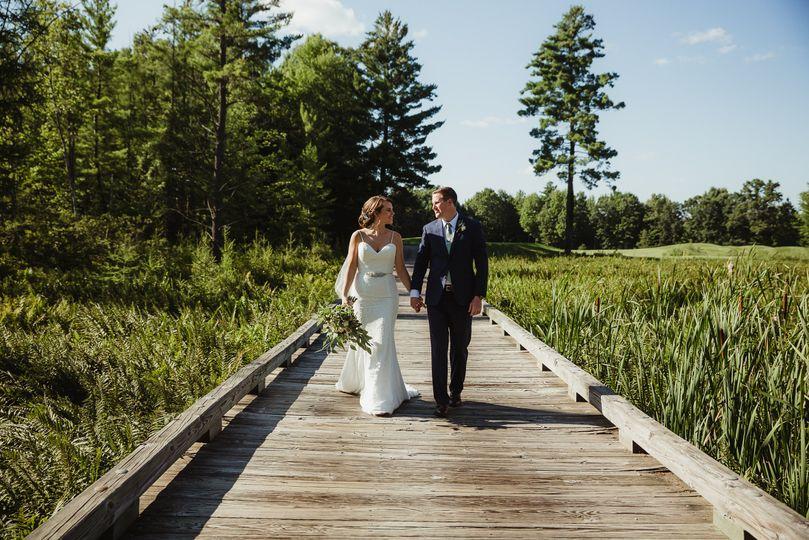Couple Photo: Bridge
