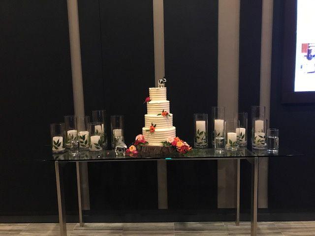 Tmx Wedding Cake Foyer 51 65155 Minneapolis, MN wedding venue