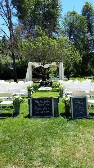 Wedding ceremony venue   Photo by Lahna Marie Photography