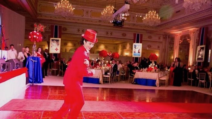 red cross mar a lago red tux web 51 1049155