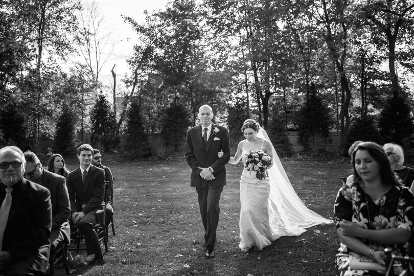 Cassondre Mae Photography Hudson Valley Weddings Stagecoach Inn Goshen NY