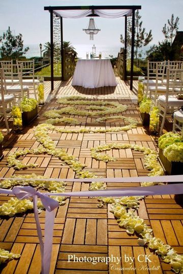 Aisle decor wedding​
