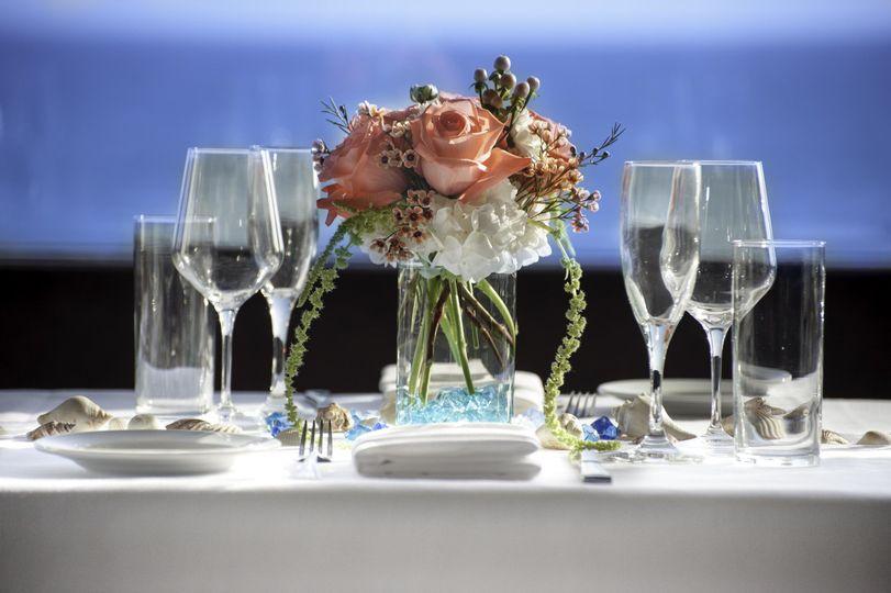 table decor blue background