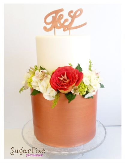 tier rose gold fondant topper fresh florals