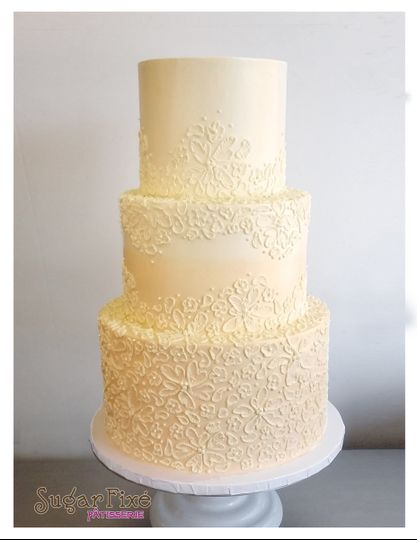 800x800 1471120919081 buttercream peach lace cake