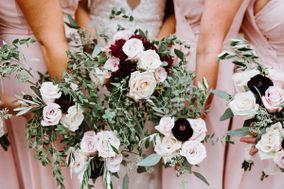 XOXO Florals & Wine