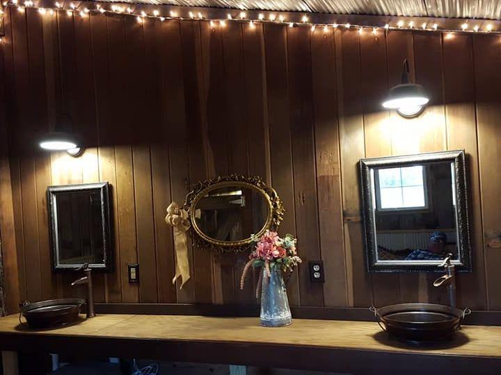 Tmx Barn Restroom 8 51 1039255 Ocklawaha, FL wedding venue