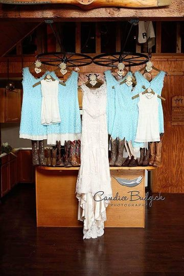 Many of our sweet brides choose the ranch cabin to be the bridal cabin!  The cabin has its own...