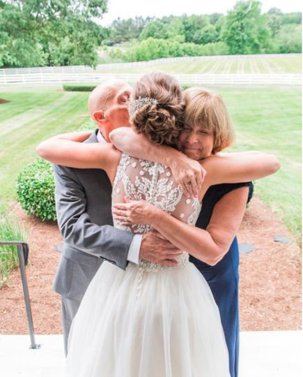 There is nothing sweeter than a First Look with Mom & Dad. Seeing their baby girl in her wedding...