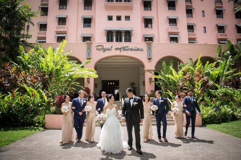 Right Frame Photography - Honolulu Wedding Photography