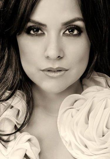Astrid Gonzalez - Makeup Artist