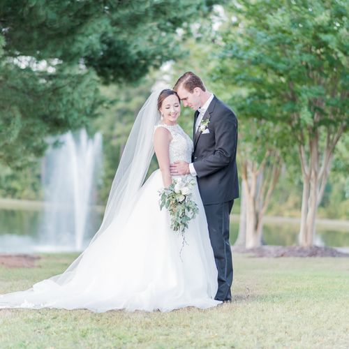 The bride and groom| Heather Gunter Photography