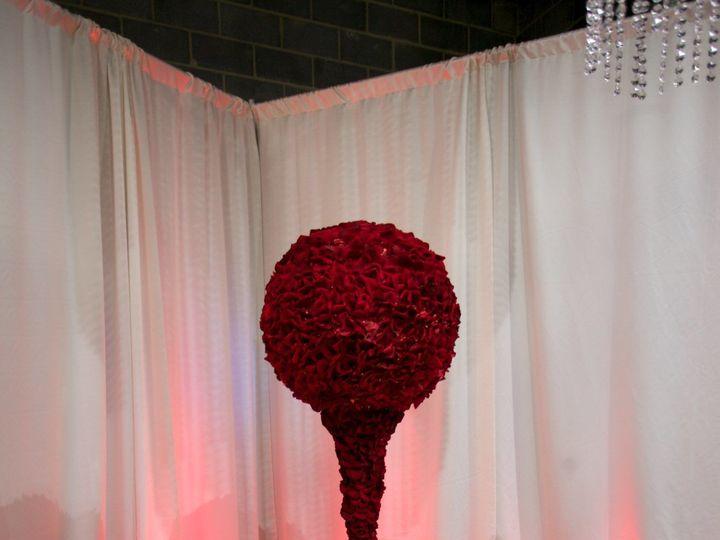 Tmx 1515874698 C7a84769d14a7d84 1515874697 441ee09dc88050ae 1515874695433 19 33453965223 02d49 Rockville, MD wedding florist