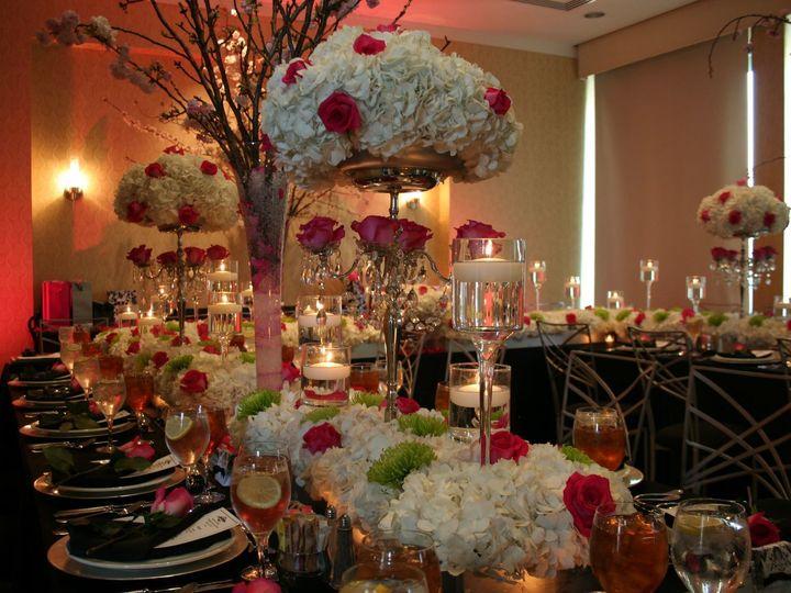 Tmx 1516480472 Bfc301866d884584 1516480470 F7e98375af4612a3 1516480469386 2 471734 37993588204 Rockville, MD wedding florist