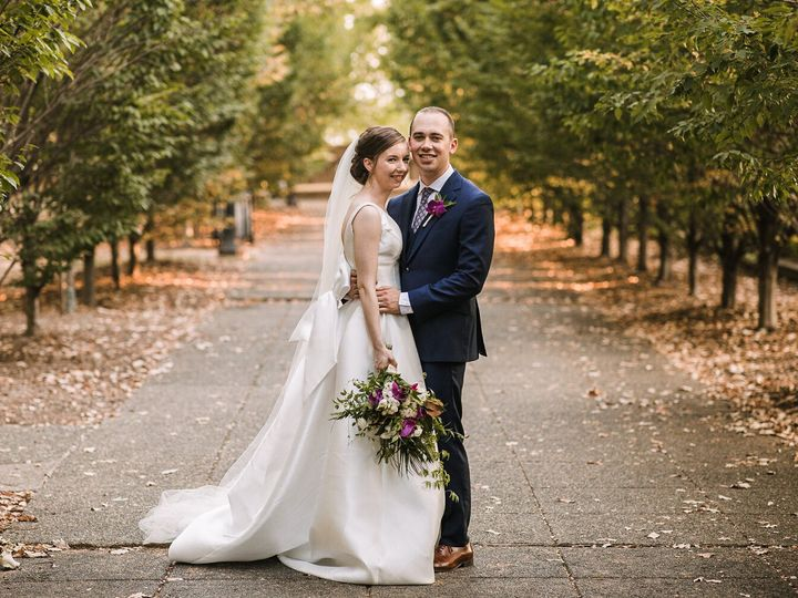 Tmx Brideandgroomsmilingatjosephinebutlerparkscenter 1 51 23355 157480690159607 Rockville, MD wedding florist