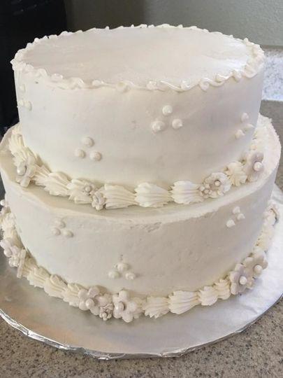 Wedding cake with pumping