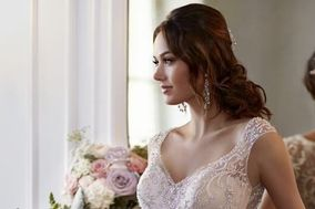 Tiffani's Bridal: An Off the Rack Boutique