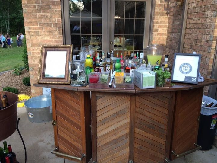 Koon's Saloon Mobile Bar Service