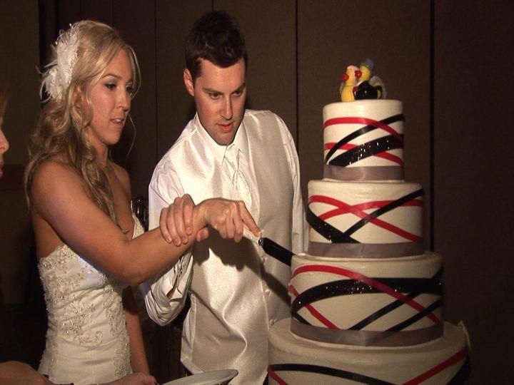 cutting the cak