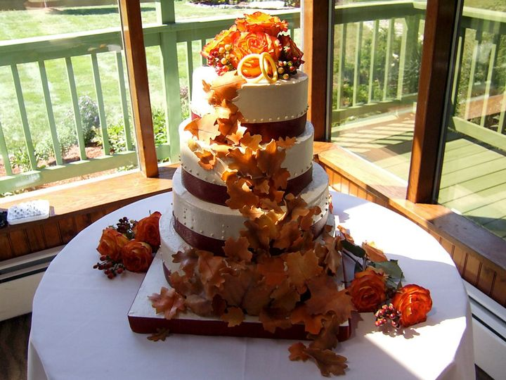 Tmx 1340814648679 Autumnweddingcake1 Hopedale wedding cake
