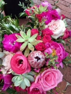 Bright Spring Flowers for this Bride's Bouquet