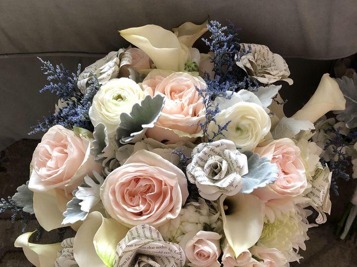 Tmx 1522951229 50c54f4ecf2b29b4 1522951226 48b1d1f295498bd3 1522951216921 6 IMG 1253 Valrico, Florida wedding florist