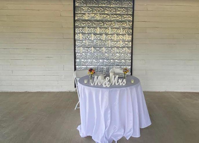 Tmx 2d 51 1968355 159513175468459 Red Rock, TX wedding venue