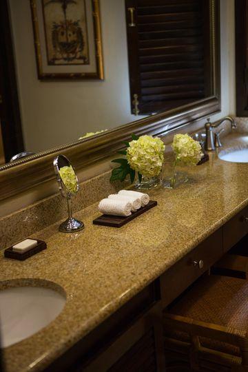 guestroombathroom8967