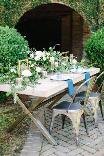 Archway Tablescape