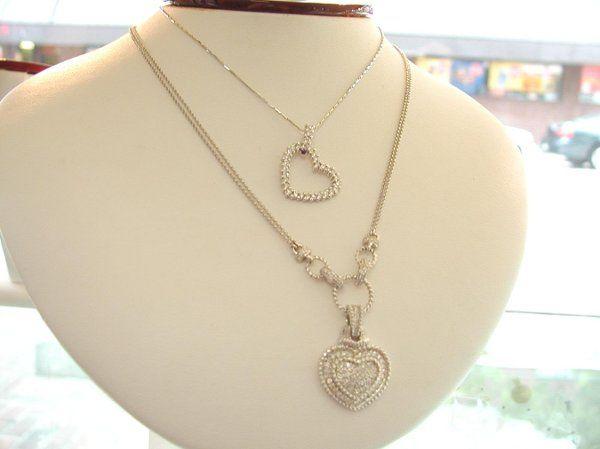 heartpend neckl